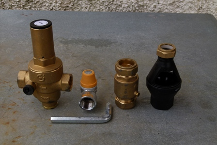 Pressure safety valve set